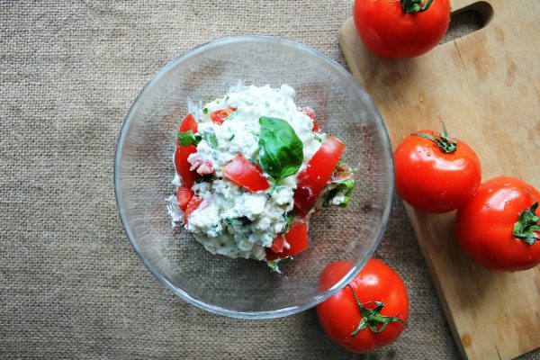 tomatoes-447163_1920-min
