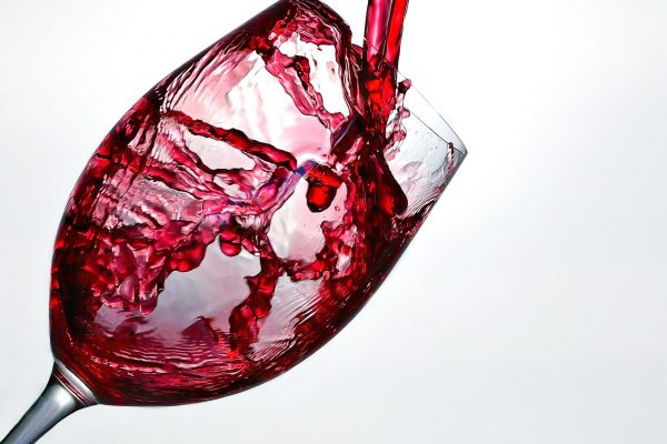 wine-1543172_1920-min